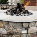 Stone fire pit: gas