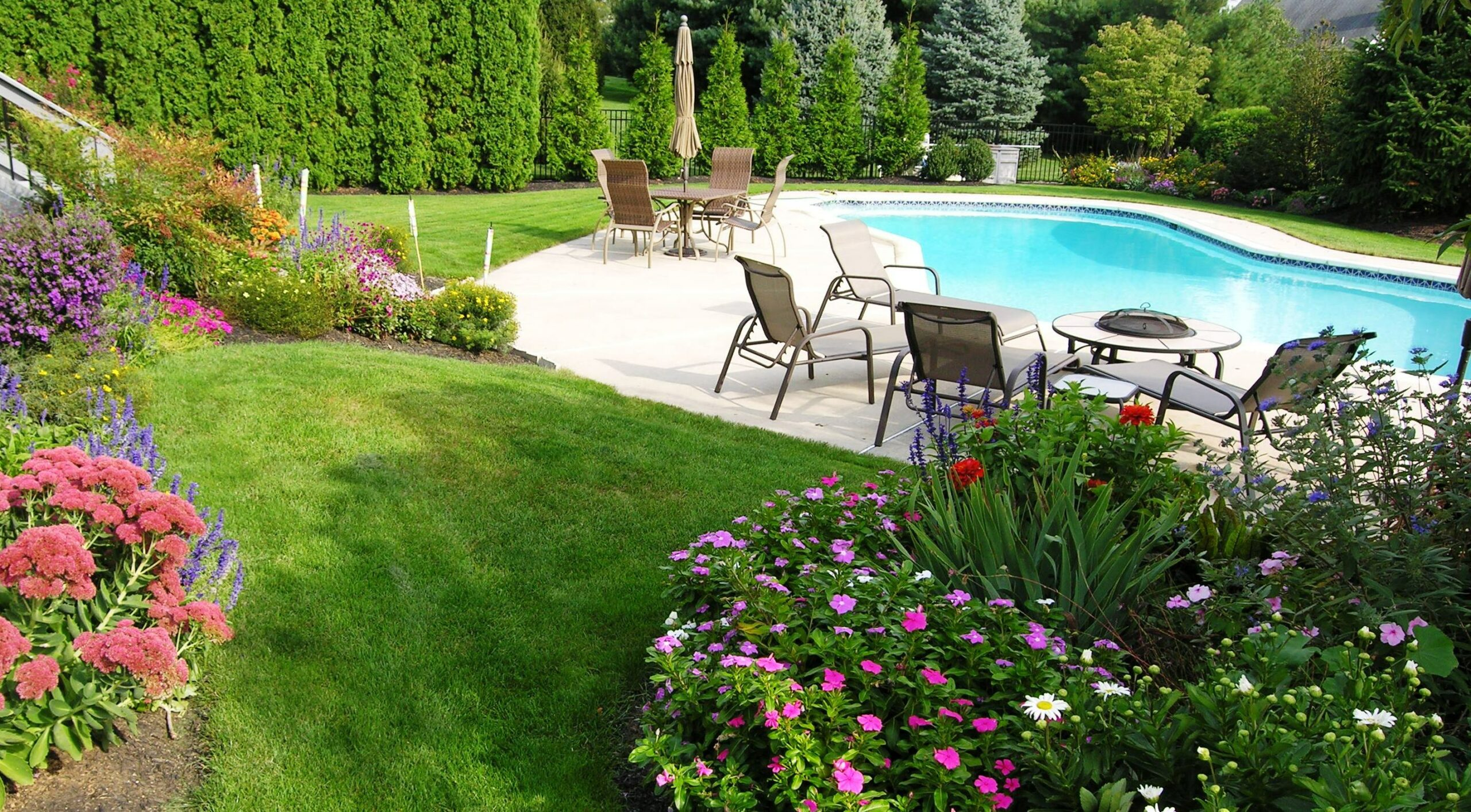 Diversity extends bloom through late summer, Lancaster, PA